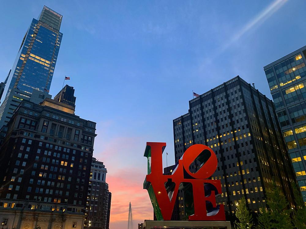 Rótulo de LOVE de Robert Indiana en Filadelfia, Pensilvania