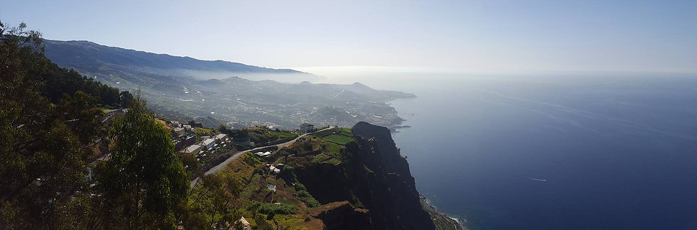 Miradouro Do Cabo Girão en Funchal, capital de la Isla Madeira en Portugal.