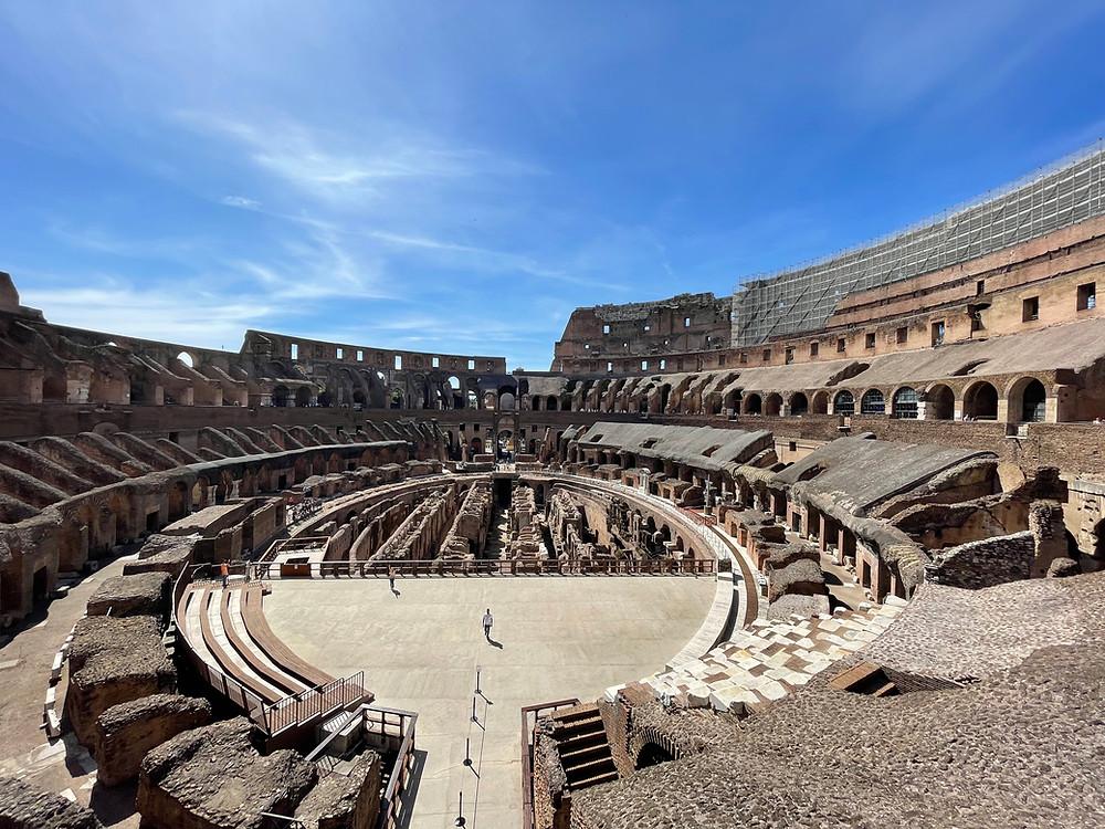 El Coliseo Romano en Italia, una de las maravillas del Mundo Moderno.