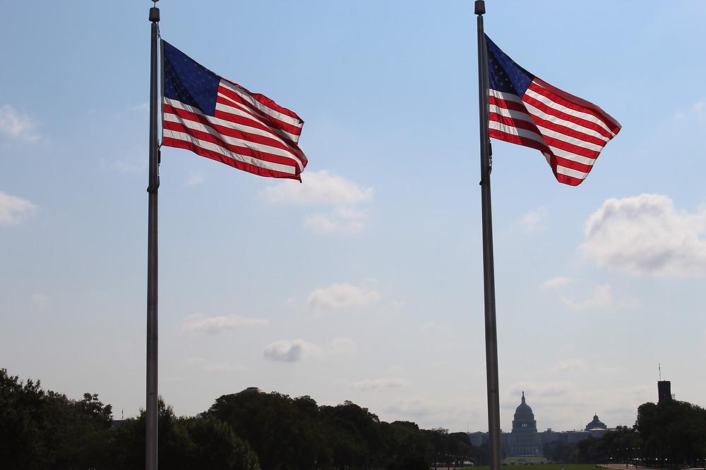 Vista al Capitolio de los Estados Unidos desde el Monumento Washington en el centro de D.C.