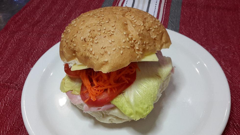 Ham & Mixed Salad Roll