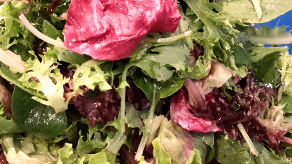Crunchy mixed greens - Family serve