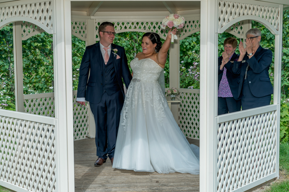 Warwick House Outdoor Wedding