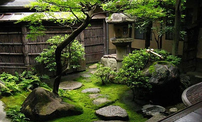 Peacefully-Japanese-Zen-Garden-Landscapi