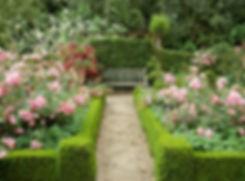 english-garden-design-ideas-hedges-15200