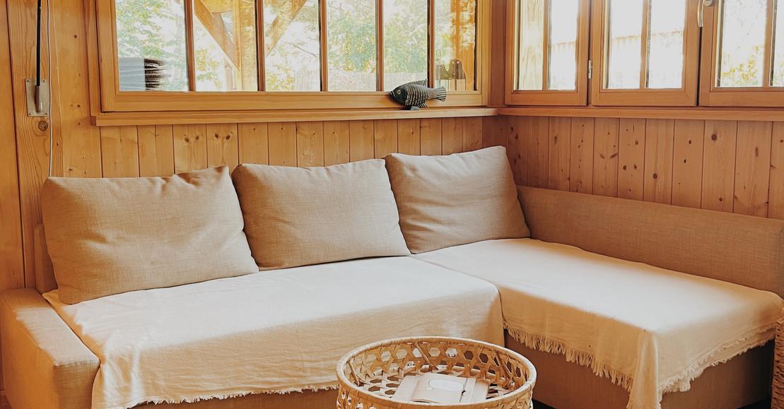 La cabane landaise: 1 chambre double, 1 lit superposé, une cuisine et salon