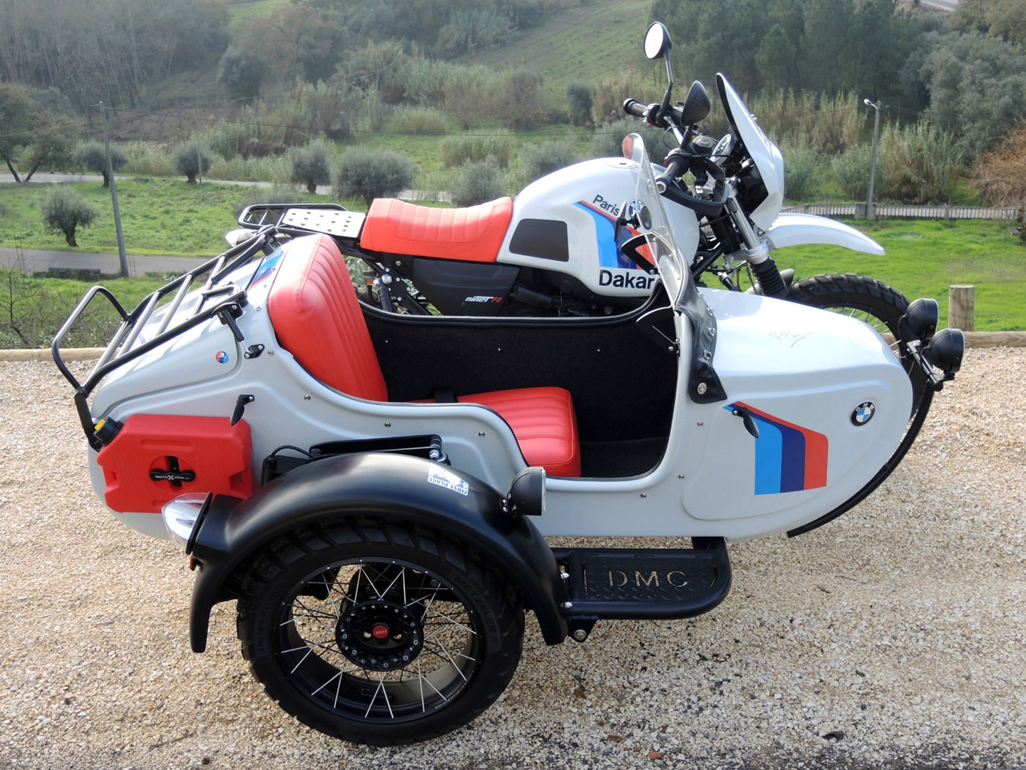 Gusto Motorbikes_BMW RnineT Paris Dakar Adventure Sidecar Combination