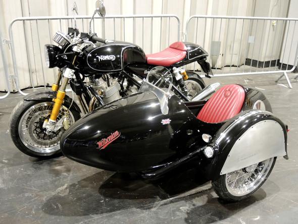 Gusto Motorbikes _ Norton Commando 961 bespoke sidecar build