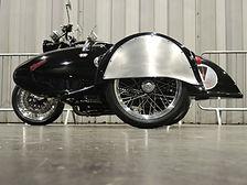Gusto Motorbikes_Norton Commando 961_bespoke motorbike and sidecar build_2017_Left hand fitting