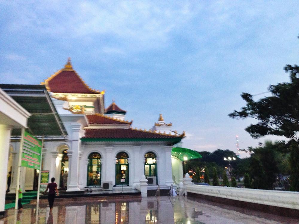 Masjid Agung Sang Sultan