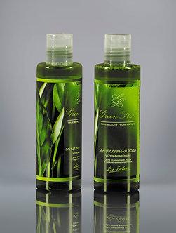 Мицеллярная вода успокаивающая для очищения лица и удаления косметики.