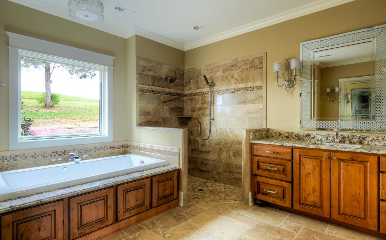 Providence Builders Bathroom-7.jpg