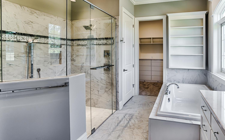 Providence Builders Bathroom-10.jpg