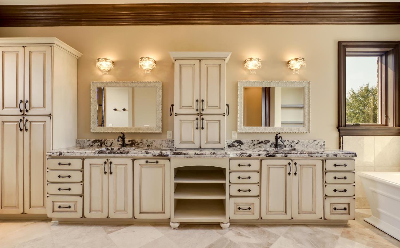 Providence Builders Bathroom-5.jpg
