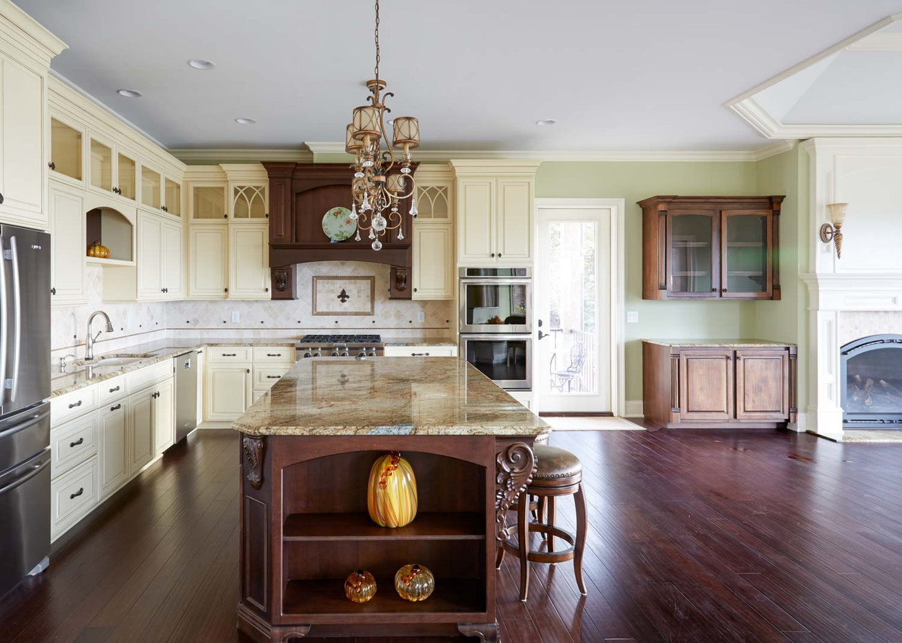 Providence Builders Kitchen-3.jpg