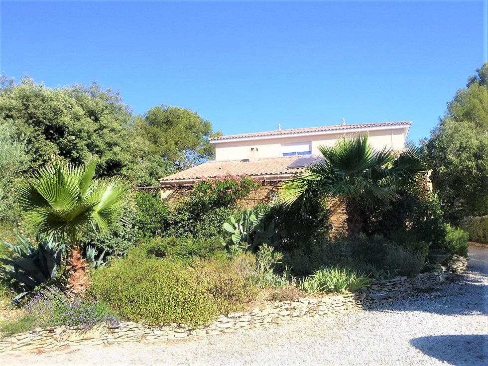 maison d'hôtes à vendre Sud Gard proche Nîmes et Montpellier