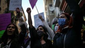 Women in Turkey are protesting!