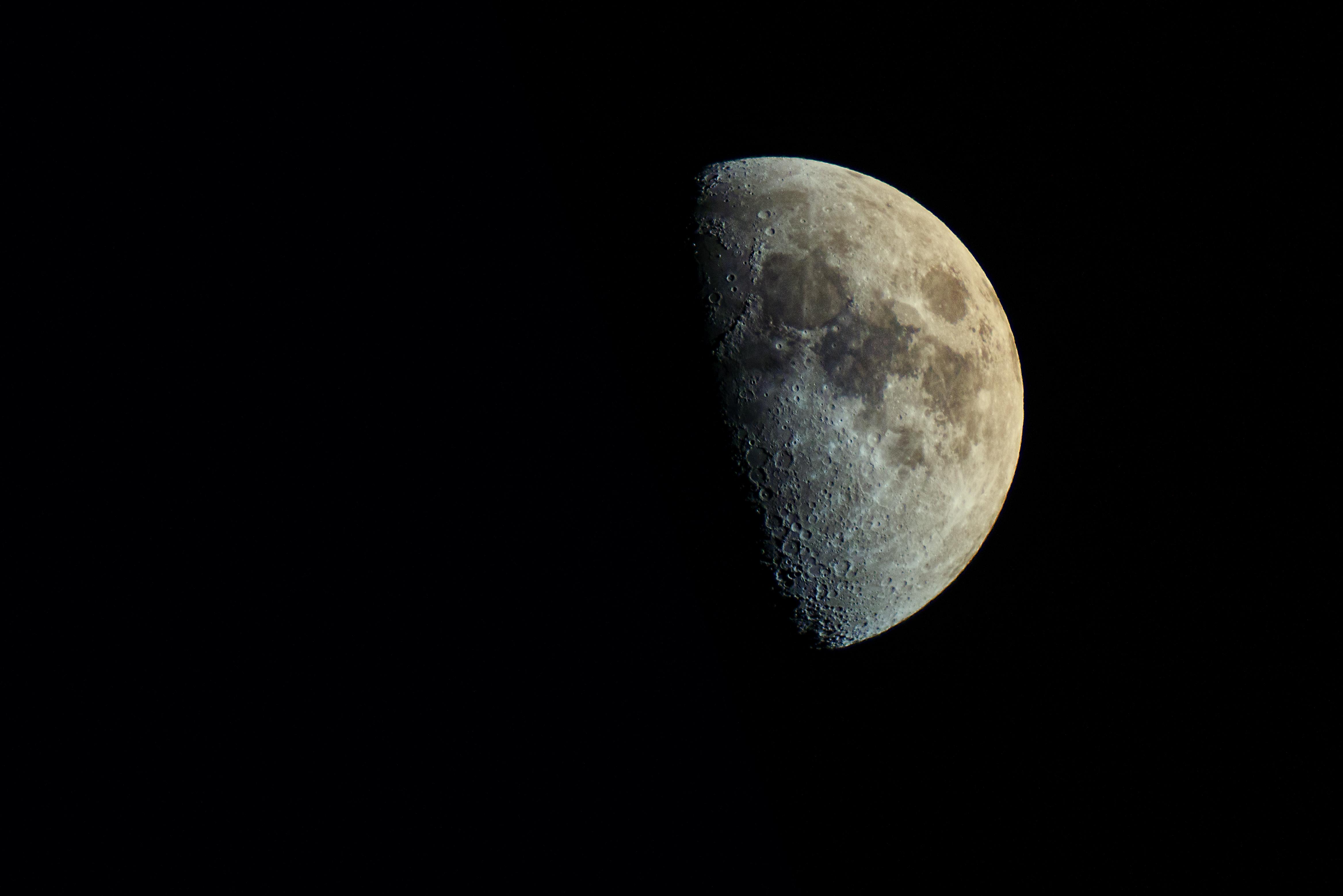 Księżyc nad Studziankami