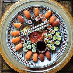 Plateau de sushi 58 pièces 89€