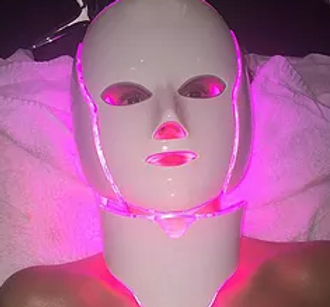 Photodynamic LED Therapy at Body TLC