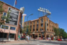Flagstaff_AZ_-_downtown_hotel.jpg