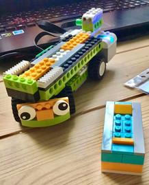 Pojazdy i roboty zaprogramowane na zajęciach