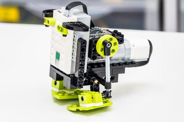 Programowalny Robot - Lego WeDo 2.0