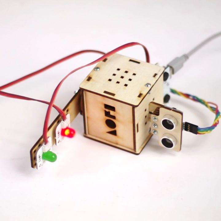 LOFI Robot Codebox