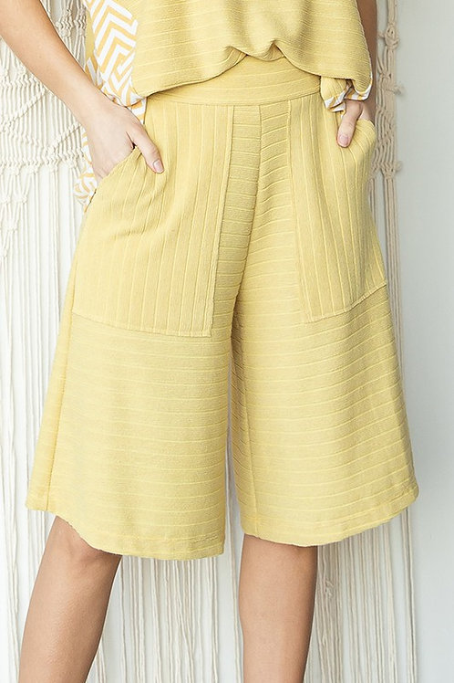 High-Waisted Cropped Wide-Leg Pants With Pockets