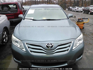 2010 TOYOTA CAMRY LE- 17192 MILES