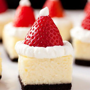 Holiday Cheese Cake Picture.jpg