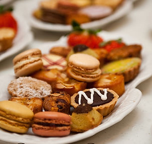 Petite desserts.JPG