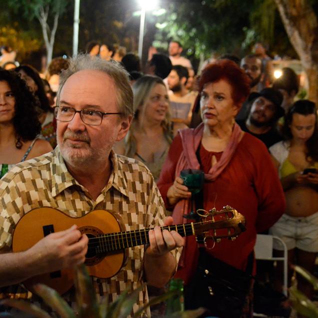 Choro na Rua na Gávea com Henrique Cazes © Marilia Figueiredo