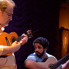 Henrique Cazes no Rio Scenarium com Rogerio Caetano © Marilia Figueiredo