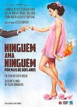 Ninguém ama ninguém por mais de dois anos Um filme de Clovis Mello Trilha sonora Henrique Cazes 2015