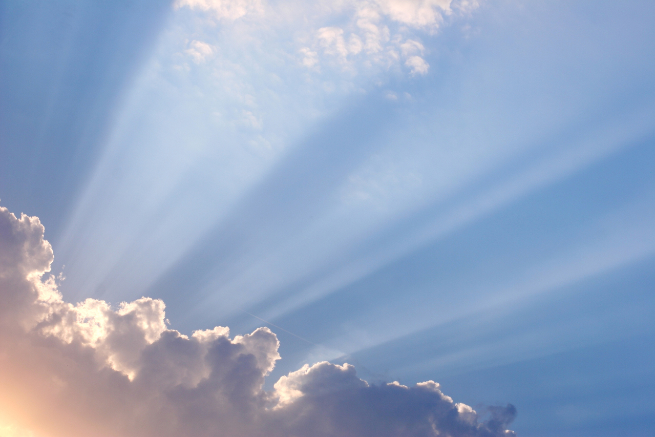 beautiful-sunlight-through-clouds-1171178-1279x852.jpg