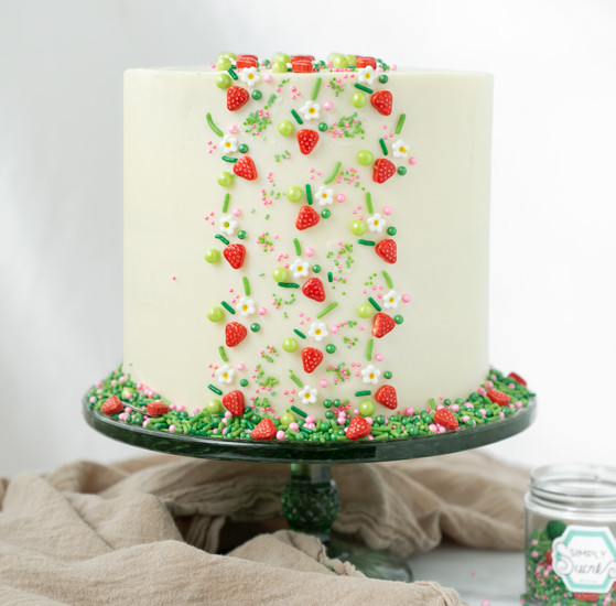 strawberry-sprinkle-cake-fg1.jpg