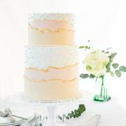wedding-cake-peach-and-ivory.jpg