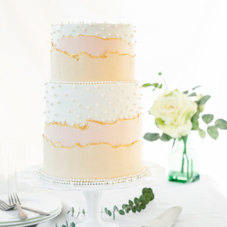 wedding-cake-peach-and-ivory.jpg