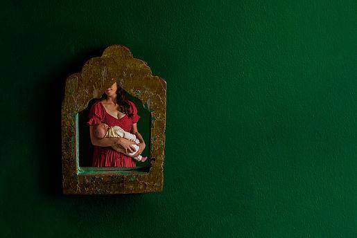 mirror_newborn2.jpg