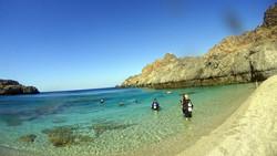 skinaria diving, royal blue dive center skinaria diving, south crete diving, beatch diving crete, discover scuba diving