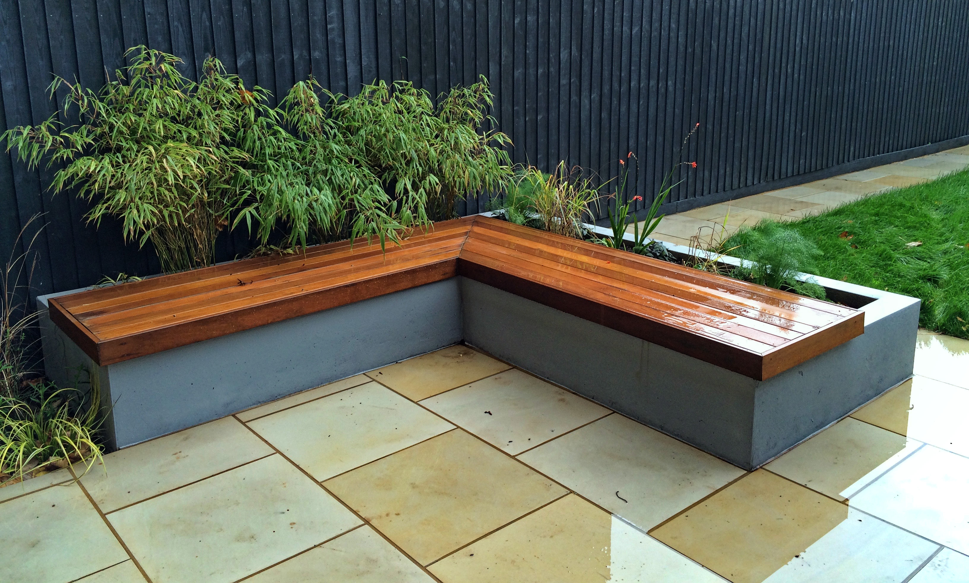 Garden bench/planter