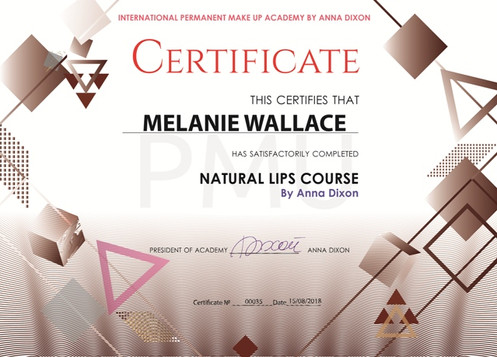 MELANIE WALLACE.jpg