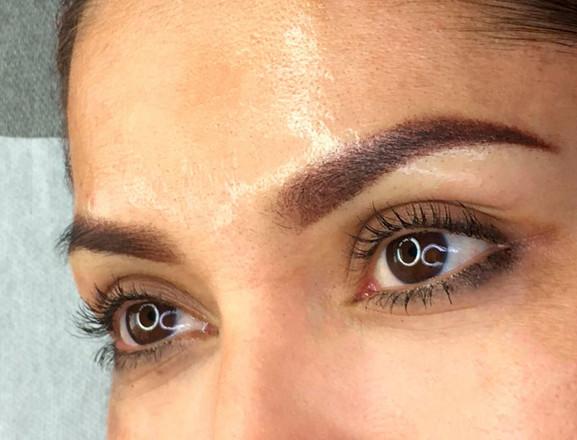Soft-powder-brows.Anna-Dixon-004.jpg