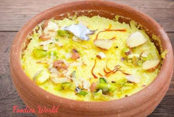 Kesar Phirni...one of the best dessert of Kashmiri cuisine.
