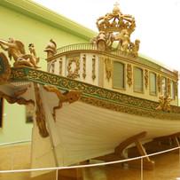 Clip express sur le canot Impérial en voyage