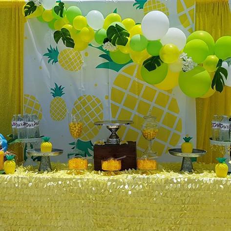 🍍🍍🍍🍍#pineappleparty #tropical #pinea