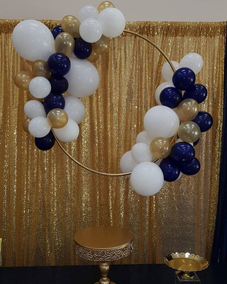 Balloon Hoop for a royal baby shower tod