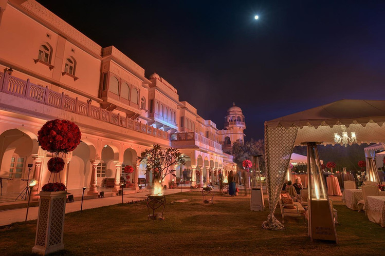 With the palace on one side and the war fort on another, Bagh -e- Inayat is a mesmerizing event space for upto 500 guests.
