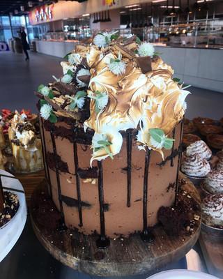 Karl cake